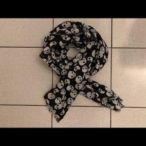H&M skull print scarf